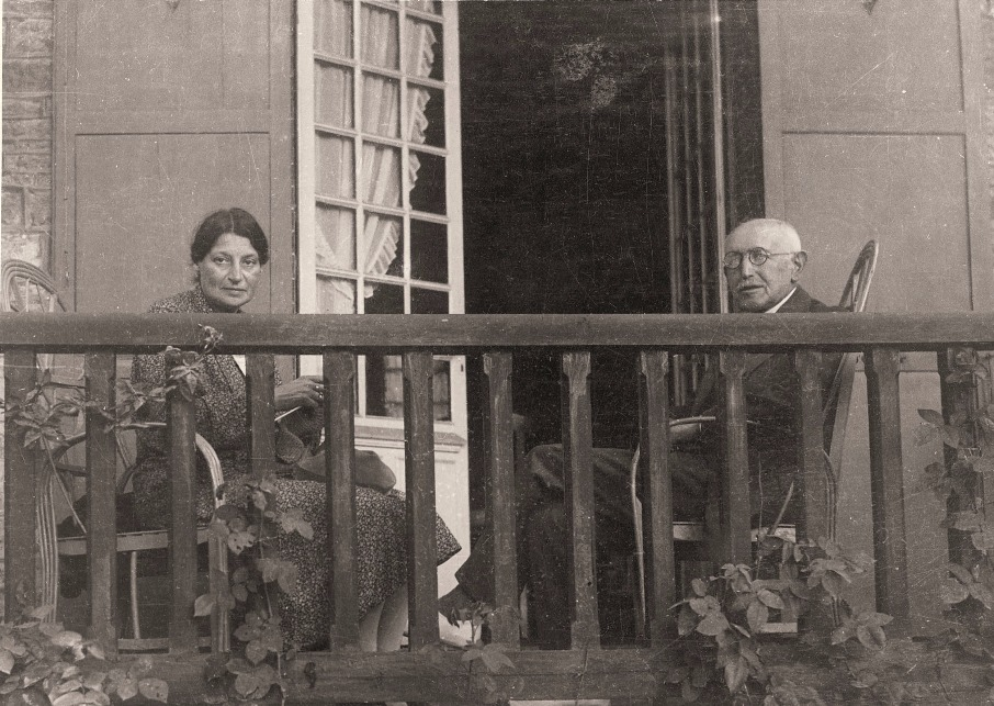 Lucie and Alfred Dreyfus enjoying retirement, Carpentras, 1900s.