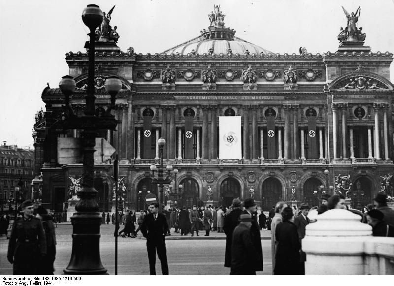 The Paris Opera decorated with swastikas for a festival of German music, 1941 (Bundesarchiv)